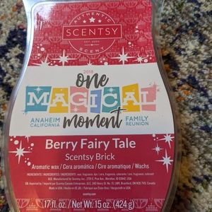 Scentsy Berry Fairy Tale Brick